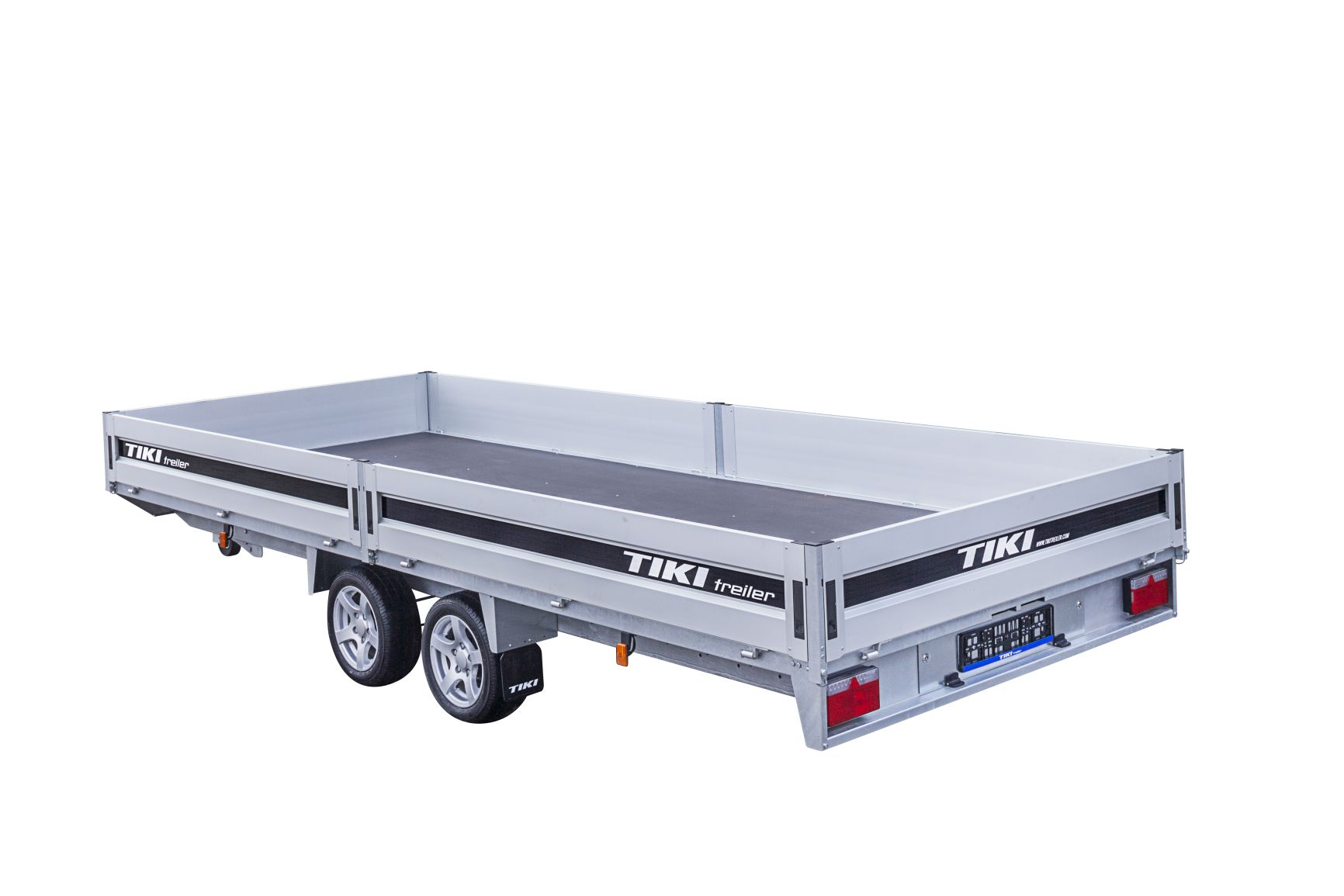 CP500-DRB/DROP/3500kg [Attēli ir informatīvi un piekabes komplektācijā var būt iekļauts papildu aprīkojums]